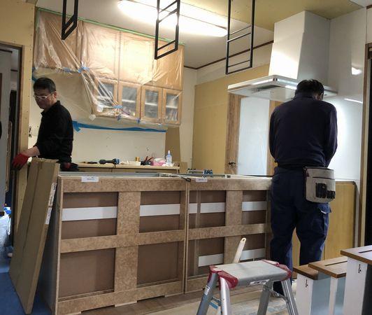 キッチン工事中