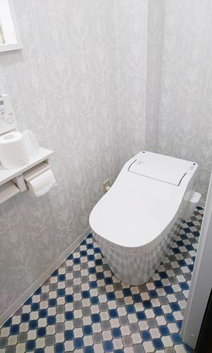 施工後:トイレ内部1