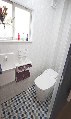 施工後:トイレ内部2