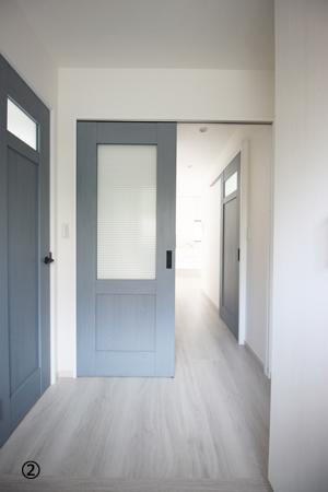玄関から見える扉:アフター