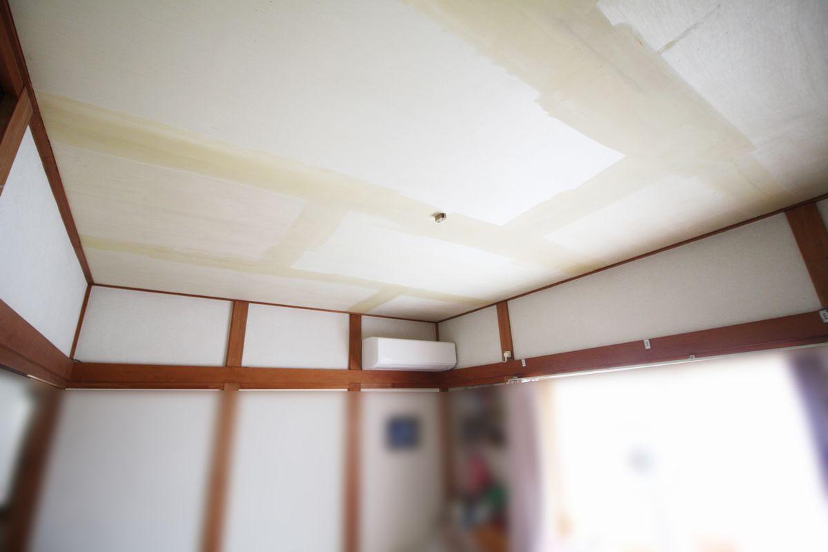 和室天井施工中