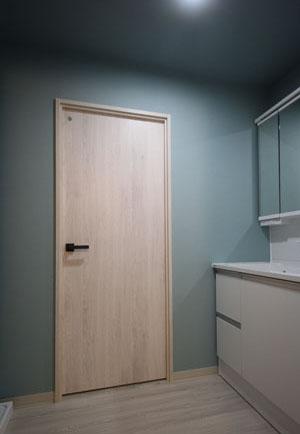 洗面所:ドア