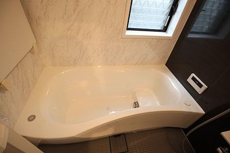 施工後:バスルーム2