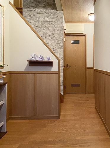 施工後:階段室・廊下