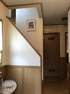 施工前:階段室・廊下