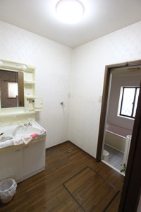 施工前:洗面室